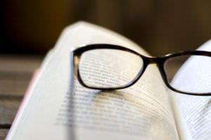 glasses-PXAZUVW